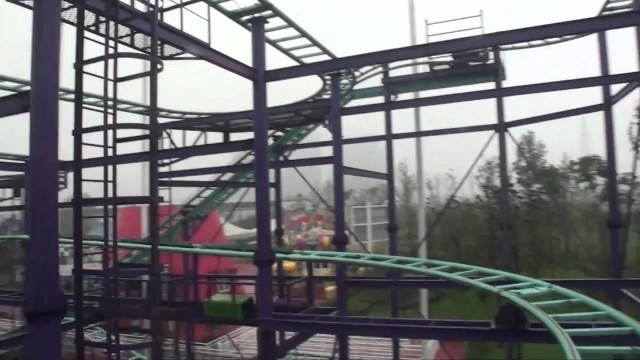 Mad rats spinning wild mouse roller coaster pov golden horse front